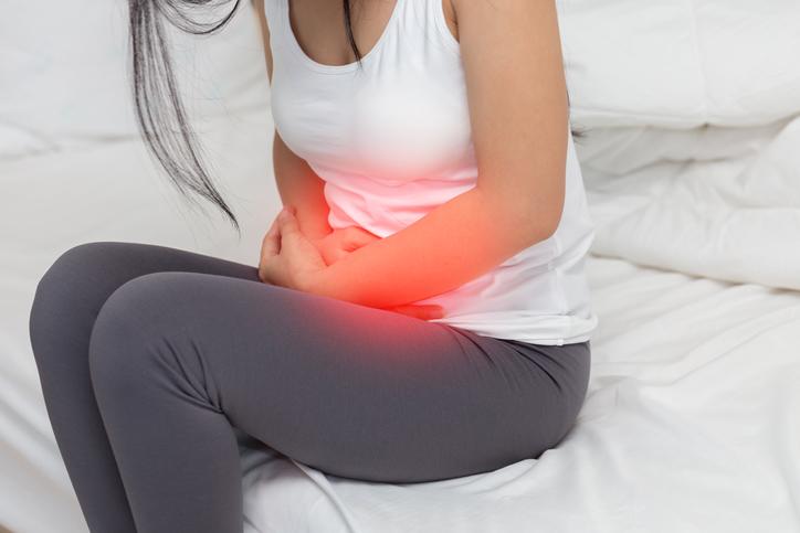 dolor de ovarios después de la regla